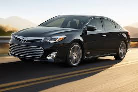 2015 toyota avalon priced at 32 980 motor trend wot