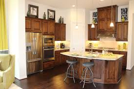 Kitchen Cabinet Stains by Kitchen Cabinets Finishes Colors
