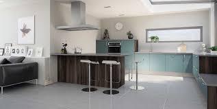 hygena cuisines cuisine hygena modèle astral bleu style design avec surflancs