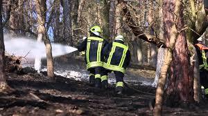 Polizei Bad Schwalbach 200 000 Quadratmeter Wald Bei Bad Schwalbach In Flammen Youtube