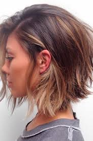 hairstyle to distract feom neck best 25 short layered haircuts ideas on pinterest layered short