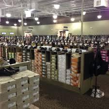 designer shoe outlet dsw designer shoe warehouse 22 photos 12 reviews shoe stores