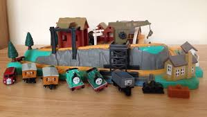 Tidmouth Sheds Trackmaster Ebay by Vintage Thomas The Tank Engine Miniature Playset Bluebird 1996