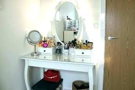 vanity table with lighted mirror and bench vanity table with lighted mirror and bench lighted makeup table with