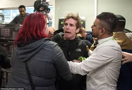 uk black friday black friday turns violent as shoppers fight over bargains daily