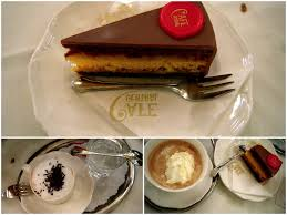 the viennese cafe central cake was a chocolate cake with a thick