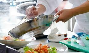 cours de cuisine chef toil cours de cuisine et stage de patisserie avec un grand chef toil