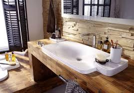 bad mit holz 2 badezimmer ideen holz cabiralan