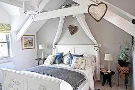 One Bedroom Holiday Cottage Large Group Holiday Accommodation