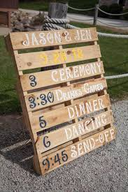 wedding signs diy 10 diy pallet sign ideas for wedding