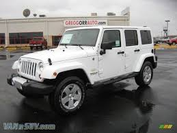 Wrangler 2009 2011 Jeep Wrangler Unlimited Sahara 4x4 In Bright White 568425
