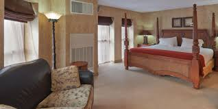 London Hotel With Jacuzzi In Bedroom Holiday Inn Express U0026 Suites Deadwood Gold Dust Casino Hotel By Ihg
