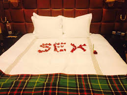 Hotel Decorations For Valentine S Day by 14 Real World Attempts At Romance Gone Horribly Wrong