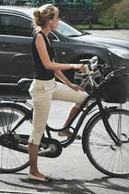 Best 25 Cycle Chic Ideas On Pinterest Bike Style Bike Fashion