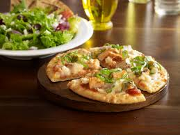 Zoes Kitchen Delivery Chicken Pita Pizza From Zoes Kitchen Is Delicious My Kind Of