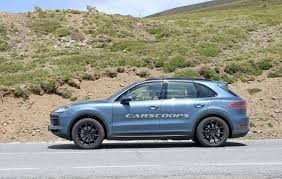 2018 porsche cayenne spied virtually undisguised