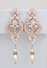 Rose Gold Chandelier Earrings I Like Vintage Dangly Pearly Gold Earrings Crème De La Crème
