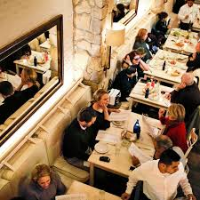 The Dining Room Restaurant A Mediterranean Escape On The Upper East Side The New York Times