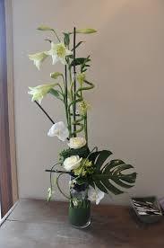 composition florale avec des roses et fleurs et moi nos albums