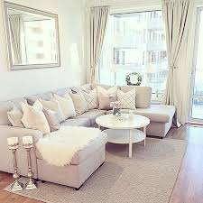 Neutral Sofa Decorating Ideas by Best 25 Cream Sofa Ideas On Pinterest Cream Couch Living Room