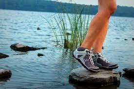 womens boots reviews gear review vivobarefoot barefoot hiking boots grindtv com