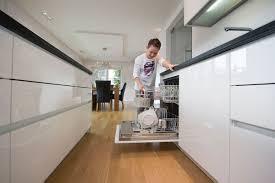 parkett küche parkett ein boden für alle räume der guten stube in die