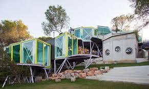 hoe bizar is deze villa op ibiza architecture pinterest