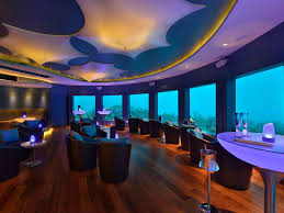 7 underwater restaurants and bars around the world photos