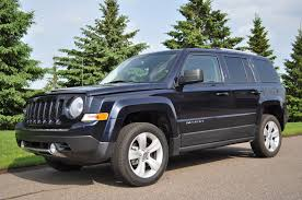 chevy jeep review u2013 2011 jeep patriot latitude 4x4 how you enter the jeep family