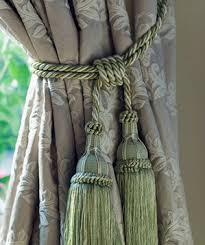 Where To Put Curtain Rods Guide To Curtains And Window Treatments Real Simple