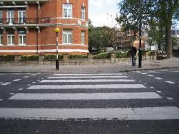 Ketika Menyeberang Jalan Terasa Menyeramkan