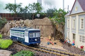 g scale garden railway layouts volunteering with a g scale railroad phipps conservatory the
