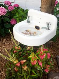 Flower Pot Bird Bath - brilliant diy bird baths