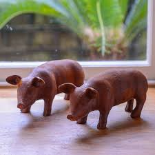 piglet garden ornament flower studio shop