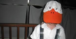 hola como puedo hacer unas alas de pato para nia de 4 handy mom disfraz de pato en cinco minutos