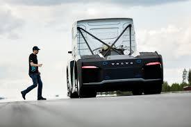 volvo kamioni video monstruozan volvo postao je najbrži kamion na svijetu