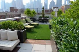 roof garden plants 28 rooftop gardens that inspire to have your own one shelterness