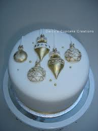 Christmas Cake Decorations Gold by Gold U0026 White Bauble Cake Cake Gold And 3d