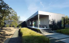 Mnmmod 13 Energy Efficient Modules Make Up This Prefab Modern Home In