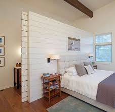 cloison pour chambre idée décoration salle de bain dans cette chambre on a créé une