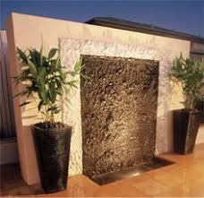 Backyard Feature Wall Ideas D I Y Saturday 6 Outdoor Water Features Outdoor Water