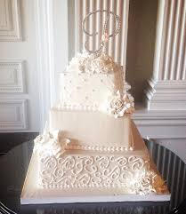 best 25 buttercream wedding cake ideas on pinterest wedding