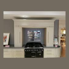 suffolk 1900 cooker surround neptune furniture showroom clearance