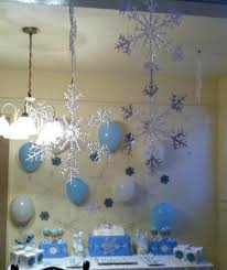 How To Make Winter Wonderland Decorations Winter Wonderland Snowflake Birthday Party Ideas Winter