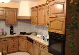 refaire sa cuisine rustique refaire sa cuisine sans changer les meubles ment renover sa