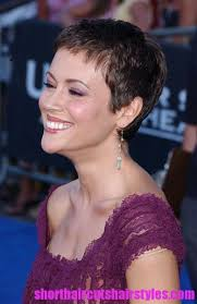 gamine hairstyles for mature women the chop the chop also known as a gamine haircut is a super short