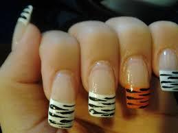 zebra pattern nail art tiger zebra striped jungle nails nail art gallery