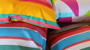cuscini per arredo cuscini tessili per la casa colorati e versatili dalani e ora