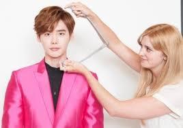 film sympathy lee jong suk leejongsuk a bts look at actor s wax figure at madame tussauds hk