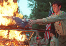 How To Dispose Of An American Flag When Torn Memorial Day 2014 How To Burn Your American Flag Respectfully